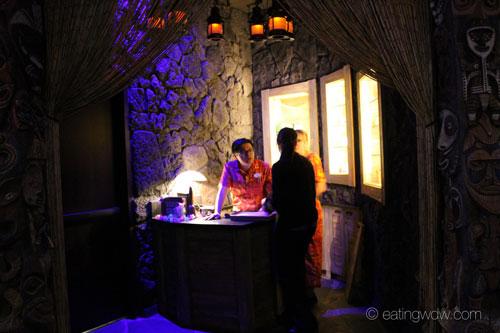 trader-sams-grog-grotto-interior-8