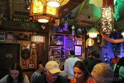 trader-sams-grog-grotto-interior-9