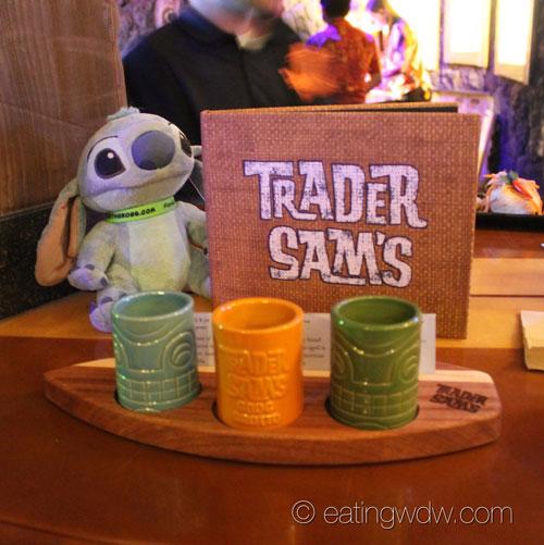 trader-sams-grog-grotto-rum-flight