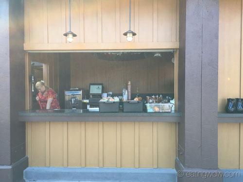trader-sams-grog-grotto-tiki-terrace-bar