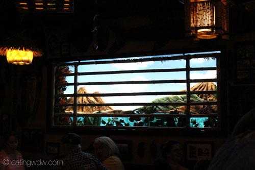 trader-sams-grog-grotto-window-2