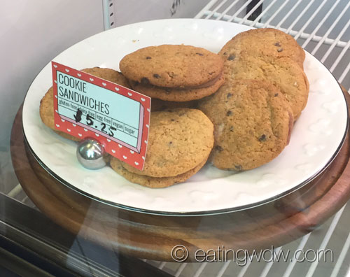 erin-mckennas-bakery-nyc-cookie-sandwiches