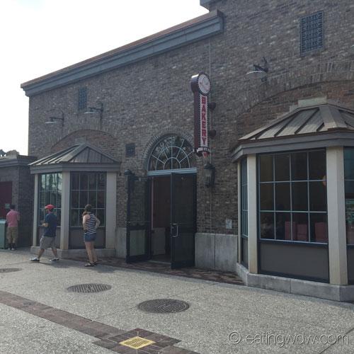erin-mckennas-bakery-nyc-storefront