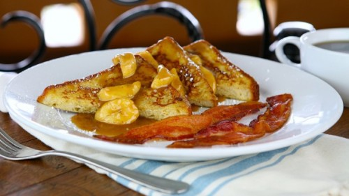 cafe-orleans-bananas-foster-french-toast
