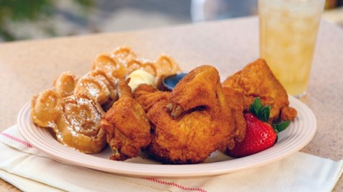 plaza-inn-fried-chicken-and-waffles
