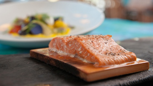 artist-point-cedar-plank-salmon