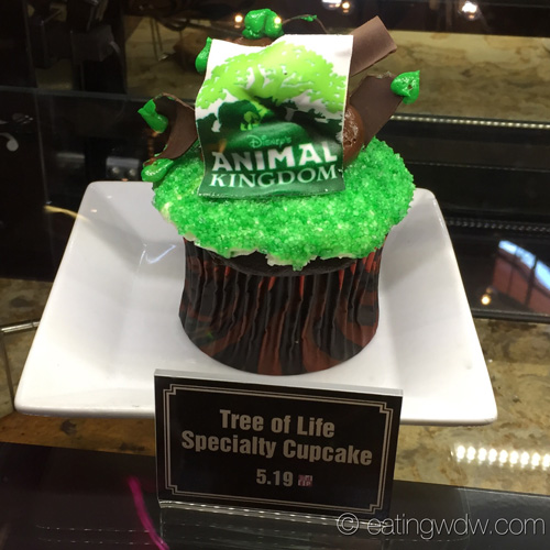creature-comforts-starbucks-tree-of-life-specialty-cupcake