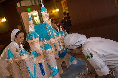 grand-californian-diamond-celebration-centerpiece-sleeping-beauty-castle-3