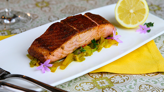 steakhouse-55-moroccan-spiced-king-salmon
