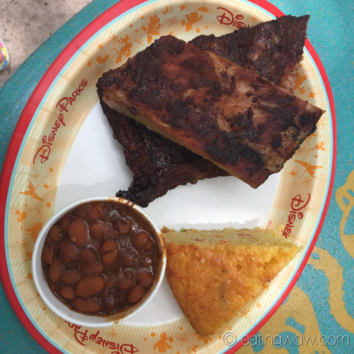 flame-tree-barbecue-bbq-1-2-slab-st-louis-ribs-baked-beans-jalapeno-cornbread