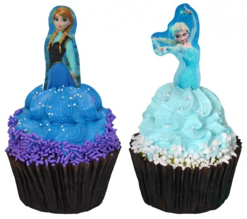 frozen-ice-palace-cafe-anna-elsa-cupcakes