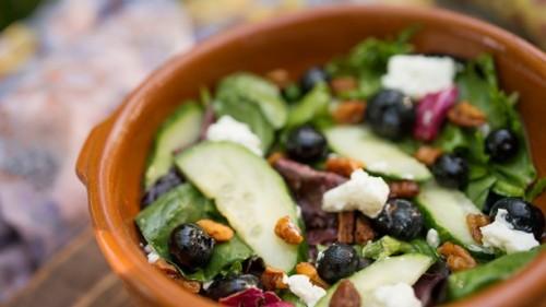 gardens-kiosk-farmers-salad
