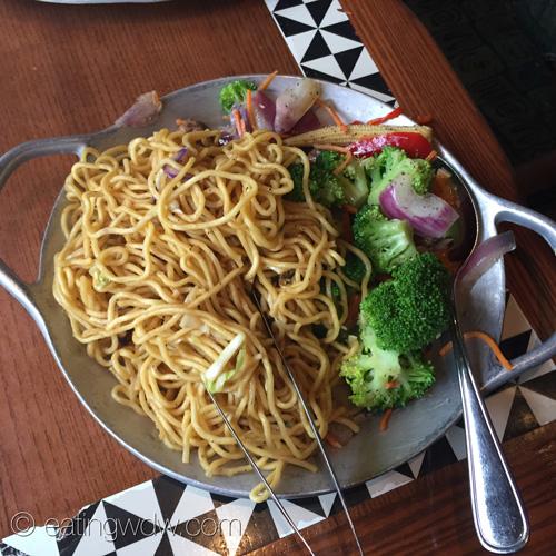 ohana-dinner-noodles-teriyaki-sauce-fresh-vegetables