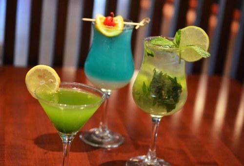 tokyo-dining-sake-mojito-okinawa-beach-green-tea-martini