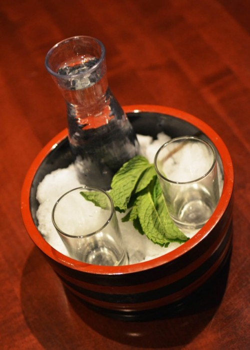 tokyo-dining-sake